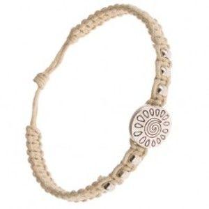Šperky eshop - Béžový náramok zo šnúrok, kruhová známka so špirálou a slzičkami S28.21