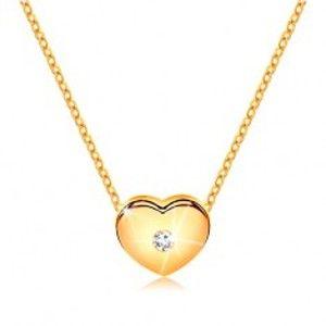 Šperky eshop - Briliantový náhrdelník zo žltého 14K zlata - srdiečko s čírym diamantom, retiazka BT500.92
