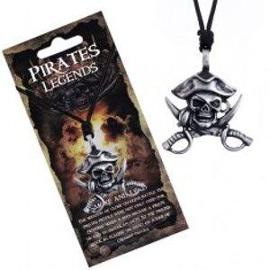 Šperky eshop - Čierny náhrdelník - kovová lebka piráta s klobúkom a mečmi AA22.30