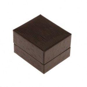 Šperky eshop - Darčeková krabička na prsteň, prívesok alebo náušnice, tmavohnedá farba, ryhy U31.08