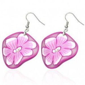 Šperky eshop - FIMO náušnice - kruhy s kvetmi v bielej a ružovej farbe R16.12