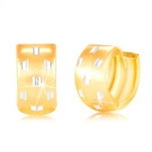 Šperky eshop - Kĺbové náušnice v 14K zlate - širší krúžok s drobnými zárezmi GG217.45