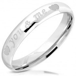 """Šperky eshop - Lesklá obrúčka z ocele 316L - nápis """"you & me"""", dvojica symetrických srdiečok, 3,5 mm L08.03 - Veľkosť: 49 mm"""