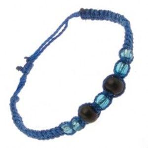 Šperky eshop - Náramok z tmavomodrých šnúrok, drevené guličky a korálky S17.11