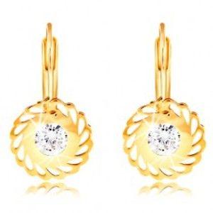 Šperky eshop - Náušnice v žltom 14K zlate - kvet so slzičkovými výrezmi a čírym zirkónom GG209.60