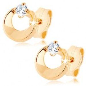Šperky eshop - Náušnice v žltom 9K zlate - kruh s výrezom a čírym zirkónom, vysoký lesk GG76.12