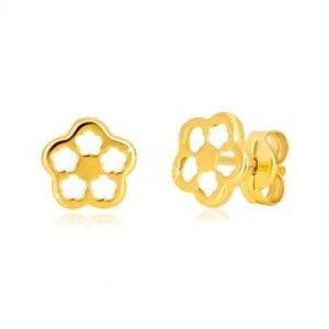 Šperky eshop - Náušnice v žltom zlate 585 - kontúra kvetu s vyrezávanými lupeňmi, puzetky GG37.36
