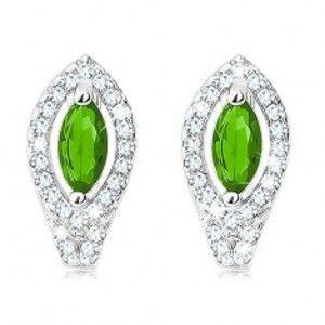 Šperky eshop - Náušnice zo striebra 925, smaragdovo zelené zrnko, obrys z čírych zirkónov SP19.13