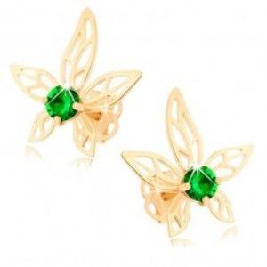 Šperky eshop - Náušnice zo žltého 14K zlata - kvet zdobený zeleným zirkónom a výrezmi GG104.30