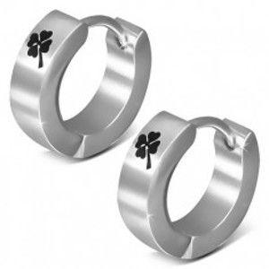 Šperky eshop - Oceľové náušnice, lesklé kruhy, čierny štvorlístok, kĺbové zapínanie U27.07