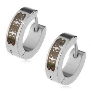 Šperky eshop - Oceľové náušnice striebornej farby - obruče s gravírovaným vzorom, kĺbové X14.08