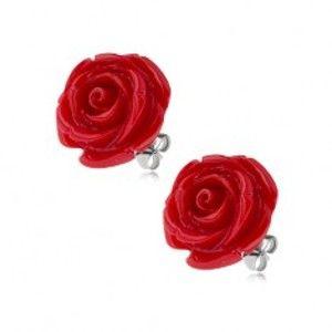 Šperky eshop - Oceľové puzetové náušnice, lesklý červený živicový kvet ruže, 14 mm S74.02