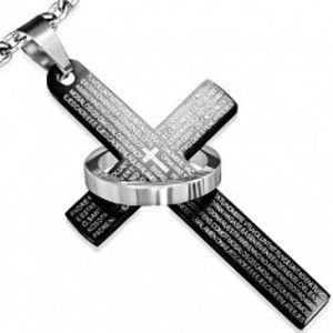Šperky eshop - Oceľový prívesok, čierny kríž s modlitbou, kruh striebornej farby S39.27