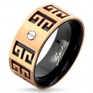 Šperky eshop - Oceľový prsteň - medeno-čierna kombinácia, vyryté symboly, malá skrutka, 9 mm M07.19 - Veľkosť: 60 mm