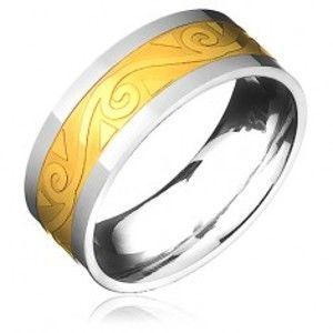 Šperky eshop - Oceľový prsteň - zlato-striebornej farby s motívom špirál vo vlnke B8.03 - Veľkosť: 62 mm