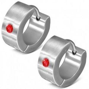 Šperky eshop - Okrúhle kĺbové náušnice z ocele 316L, zrkadlový lesk, červený zirkónik U26.04