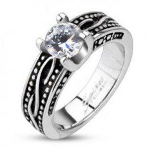 Šperky eshop - Patinovaný prsteň z chirurgickej ocele so zirkónom K15.12/K15.13 - Veľkosť: 54 mm