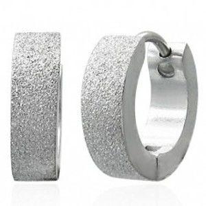 Šperky eshop - Pieskované lesklé náušnice z chirurgickej ocele, strieborná farba SP38.31