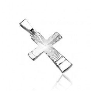Šperky eshop - Prívesok zo striebra 925 - kríž s kónickým vrúbkovaným výbrusom a oblúkmi U14.11