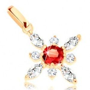 Šperky eshop - Prívesok zo žltého 14K zlata - kvietok z červeného granátu a čírych zirkónov GG91.13
