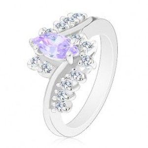 Šperky eshop - Prsteň so striebornou farbou, svetlofialové brúsené zrno, zirkónové číre línie G13.29 - Veľkosť: 56 mm