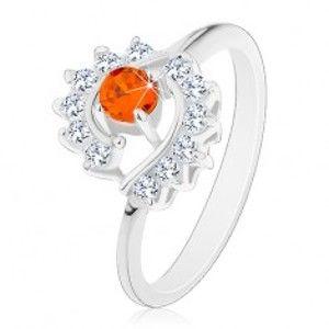 Šperky eshop - Prsteň striebornej farby, číre zirkónové oblúky, okrúhly oranžový zirkón AC22.06 - Veľkosť: 49 mm, Farba: Oranžová