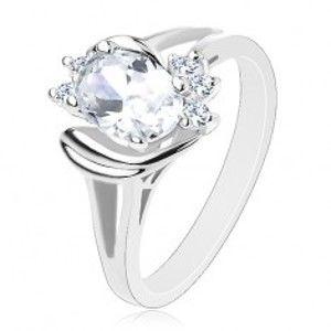 Šperky eshop - Prsteň striebornej farby s rozdelenými ramenami, číry ovál, lesklé oblúčiky V16.16 - Veľkosť: 56 mm