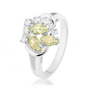 Šperky eshop - Prsteň v striebornom odtieni, svetlozelené a číre zirkóny, lesklé oblúčiky R34.18 - Veľkosť: 59 mm
