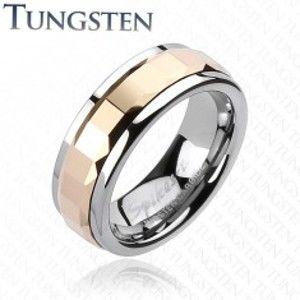 Šperky eshop - Prsteň z volfrámu - ružové štvorce a trojuholníky uprostred K15.18 - Veľkosť: 64 mm