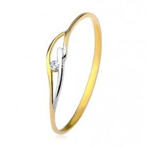 Šperky eshop - Prsteň zo žltého a bieleho 9K zlata, tenké ramená a vlnky, číry zirkón GG198.63/67 - Veľkosť: 48 mm