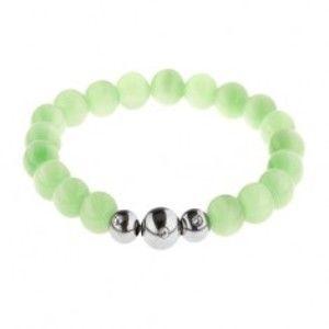 Šperky eshop - Pružný náramok zo svetlozelených guľatých kamienkov a oceľových guličiek Z34.15