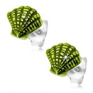 Šperky eshop - Strieborné náušnice 925, mušľa zdobená svetlozelenou glazúrou a zárezmi PC25.26