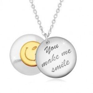 """Šperky eshop - Strieborný 925 náhrdelník - dva vypuklé kruhy, nápis """"You make me smile"""", smajlík R29.25"""