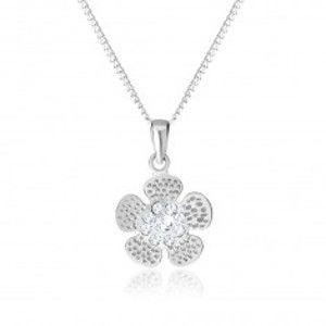 Šperky eshop - Strieborný 925 náhrdelník, gravírovaný kvietok, stred vykladaný čírymi zirkónikmi SP53.27