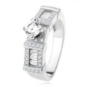 Šperky eshop - Strieborný zásnubný prsteň 925, zirkónové obdĺžniky, okrúhly kamienok SP34.15 - Veľkosť: 65 mm