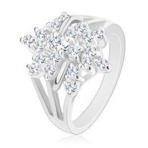 Šperky eshop - Trblietavý prsteň, strieborná farba, číry zirkónový kvet, rozvetvené ramená R29.14 - Veľkosť: 48 mm