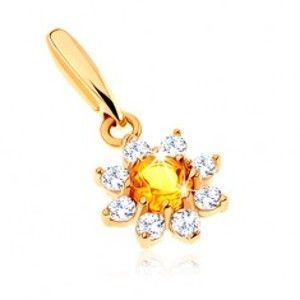 Šperky eshop - Zlatý prívesok 375 - rozkvitnutý kvet so žltým citrínom, číre zirkónové lupene GG64.01